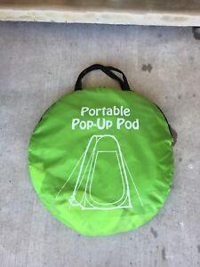 Pop up change shelter