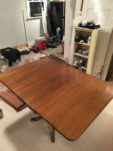 Duncan Phyfe two leaf collapsible table for SALE!! MUST GO!!