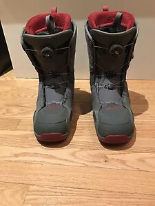 Salomon Snowboard Boots  with Boa lacing system.