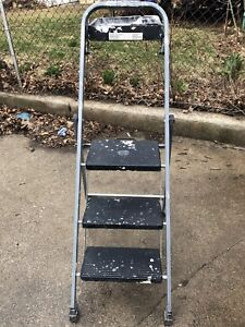 Painters Step Ladder