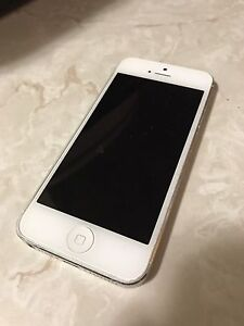 IPhone 5 - Great Condition!