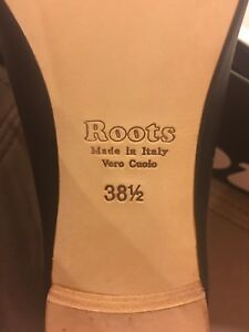 Roots shoes. Size 8.5