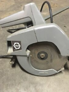 Blacker and Decker Circular Saw and blades