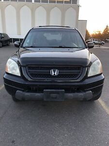 Black 8 seater Honda pilot for sale