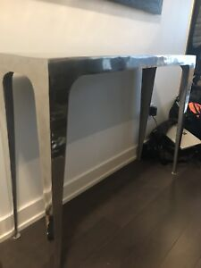Structube end table
