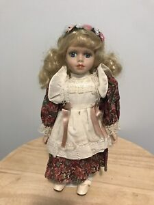 Vintage Flower Child / Hippie Doll (Poupée)