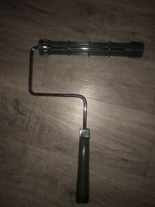 """New Wooster 9 1/2"""" paint roller R017"""