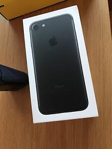 iPhone 7 128GB (Factory Sealed)
