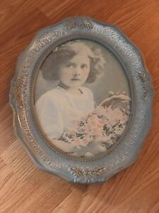 Antique looking picture