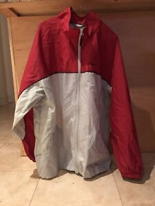 38488109b4e Vintage Windbreaker   Buy or Sell Used or New Clothing Online in ...