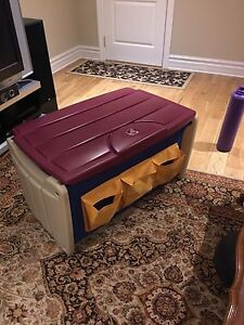 Storage chest for kids toys- entreposage enfants
