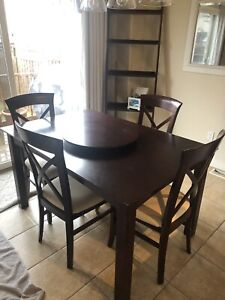 Cherry table w/8 matching chairs