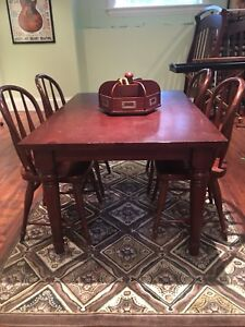 Pottery Barn Kids Farm House Table and Chairs with Lazy Susan.