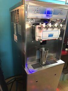 Crémerie / Dairy bar