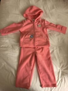 Brand new girl clothes ( new born to age 3)