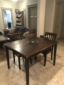 Rich Brown Wood Complete Dinning Set