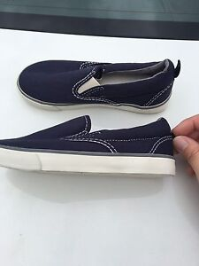 Brand new GAP sneakers for toddlers size 11
