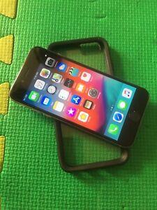 Apple I Phone 6 Space Gray 64 gig Unlocked