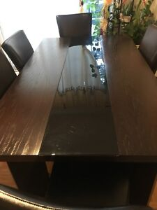 Kitchen table with 6 chairs included (Negotiable)