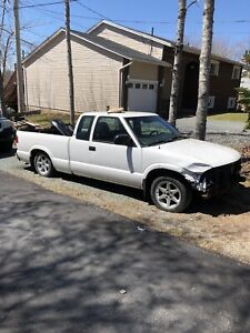 Lowered Chevy S10 2wd NEED GONE