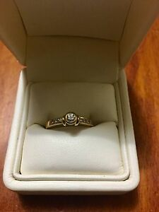 18CT YELLOW GOLD DIAMOND RING Noble Park Greater Dandenong Preview