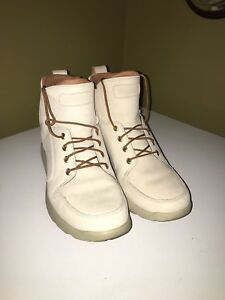 Almost new timberlands! (Worn Once) size 11