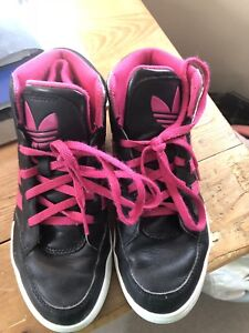 Adidas black and pink girls basketball sneakers size 2 youth