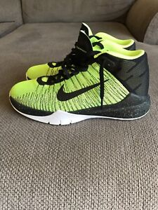 Boys Size 5 Nike Basketball sneakers for Sale