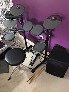 Yamaha dtx drums with amp