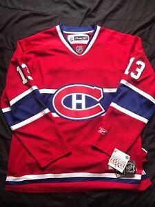 Hockey jersey 160$ pour les deux!