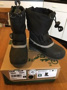 Kamik kids toddlers waterproof snow boots size: 9