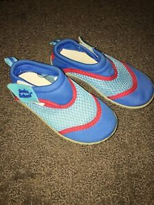 Water Shoes Size 7-8 Toddler