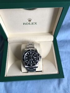 ROLEX SUBMARINER WITH DATE 116610LN