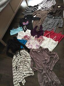Plus de 30 vêtements pour femme (médium)