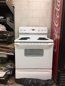 Mint Condition Oven GE brand