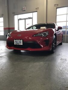 2017 Toyota 86 (financing available)