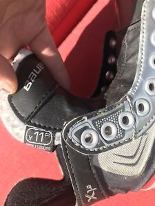 Bauer kids skates for sale