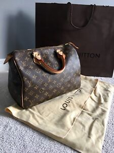 Authentic Like New Louis Vuitton Speedy 30 & Bag Insert- MB2047