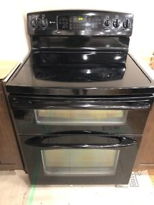 GE Electric double convection oven in excellent condition
