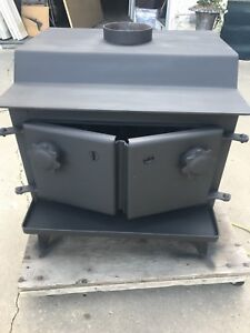 Wood stove, stainless steel chimney, accessories
