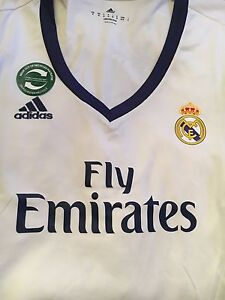 Non Authentic Real Madrid Jersey