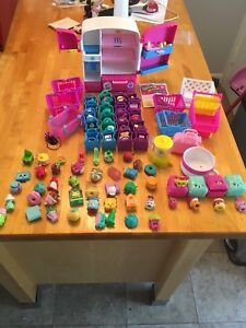 Lot de 70 shopkins