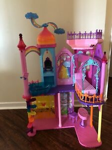 Barbie dreamtopia castle