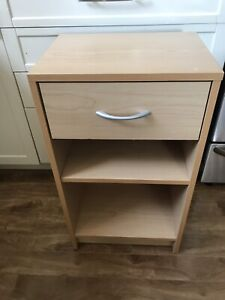 Night stand with drawer