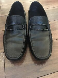 Like new Tod's leather loafers black size 9