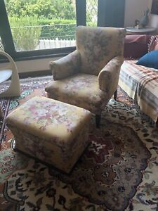 Fabulous floral armchair & ottoman box priced to sell!