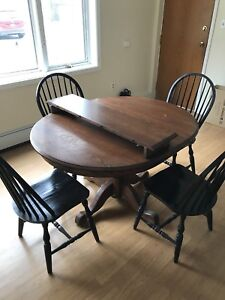 KITCHEN TABLE + 4 CHAIRS (MUST GO BY FRIDAY)