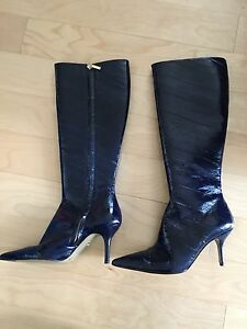 Dolce & Gabbana Paten leather boots size 35