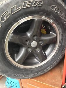 Jeep tires and rims liberty yj Cherokee