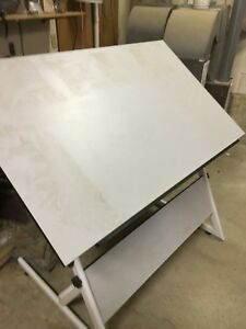 Planning table brand new $200